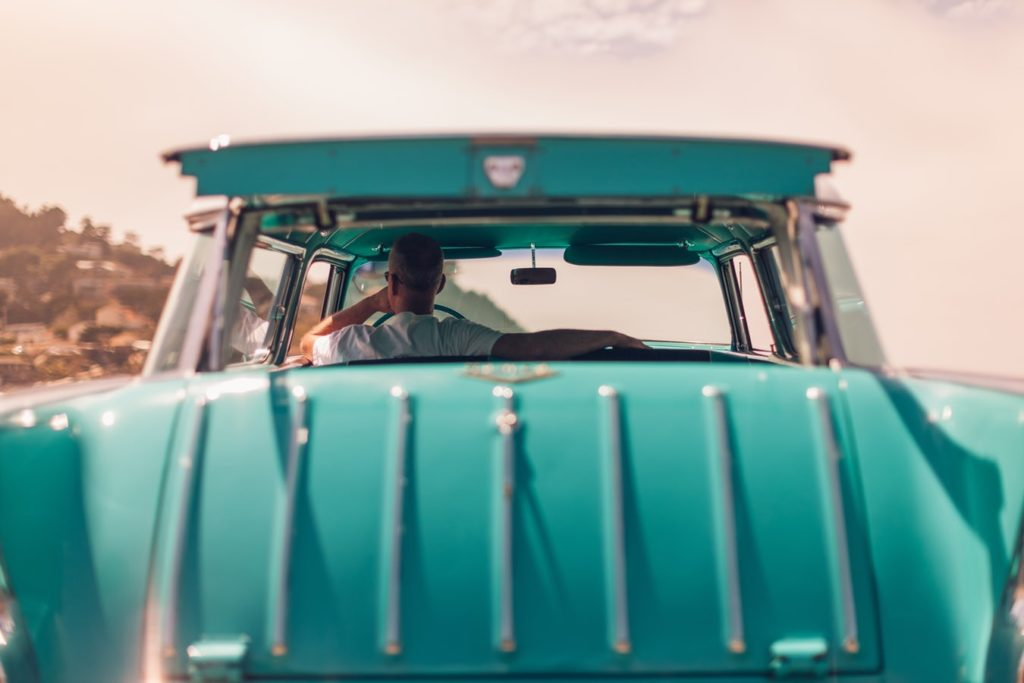 picture of a 50's Chevy Station Wagon